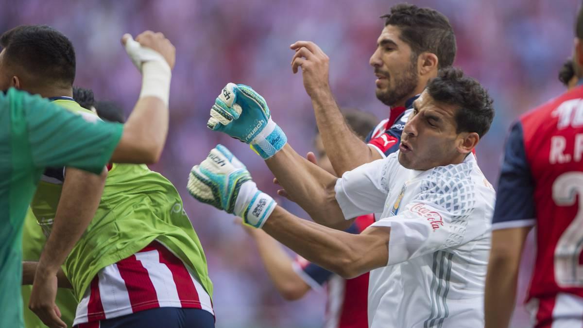 Tigres vs Chivas, reanudan la batalla