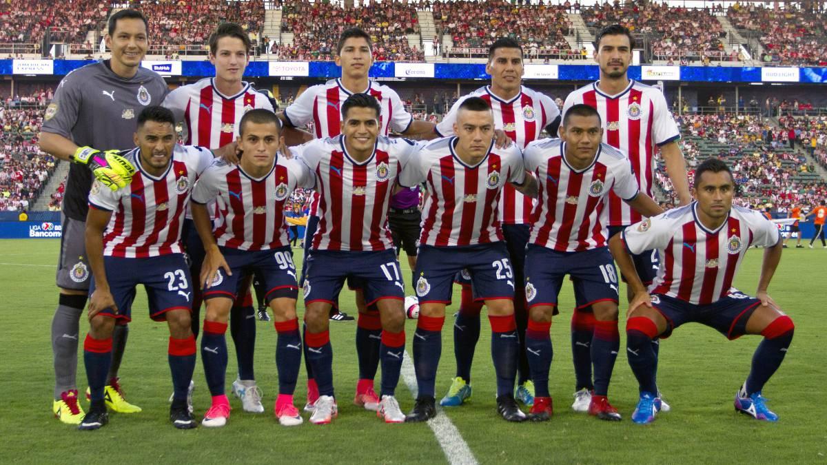 Entre campeones, Tigres recuperó la moral sobre Chivas