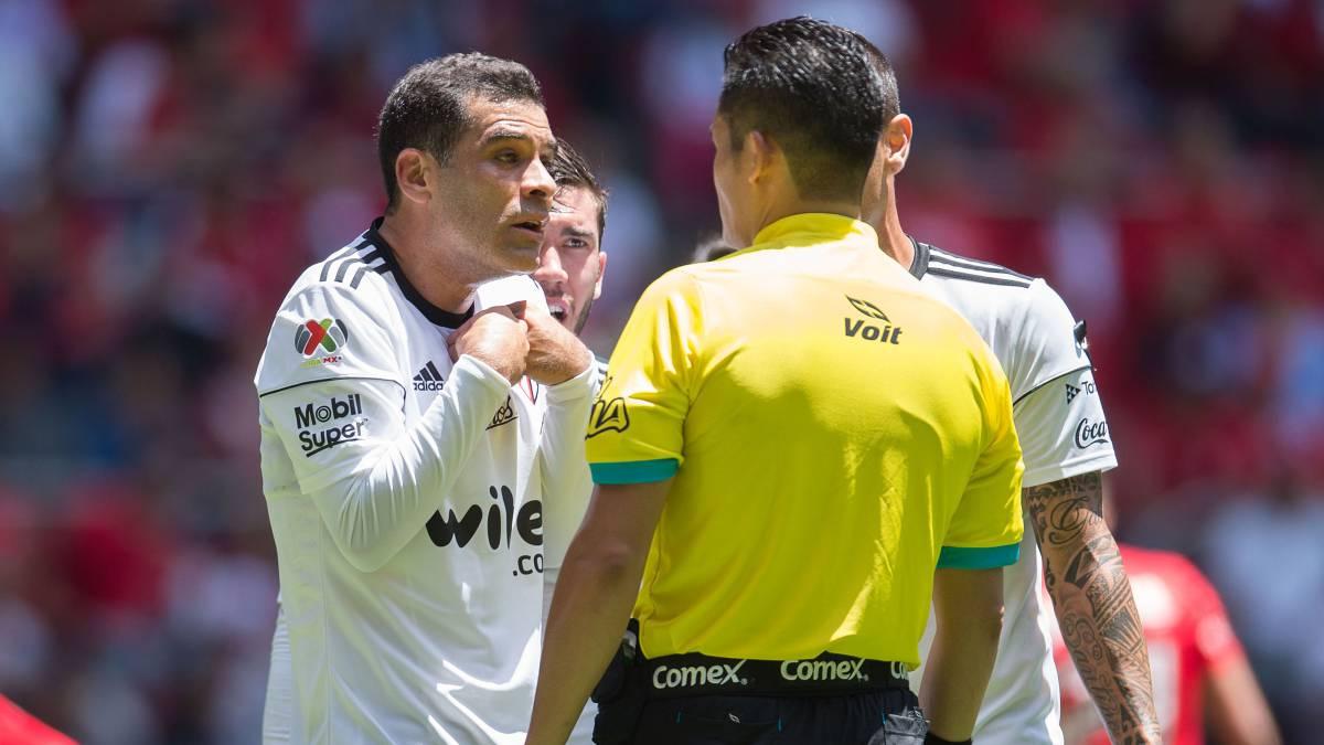 Prestanombres — Márquez y Julión