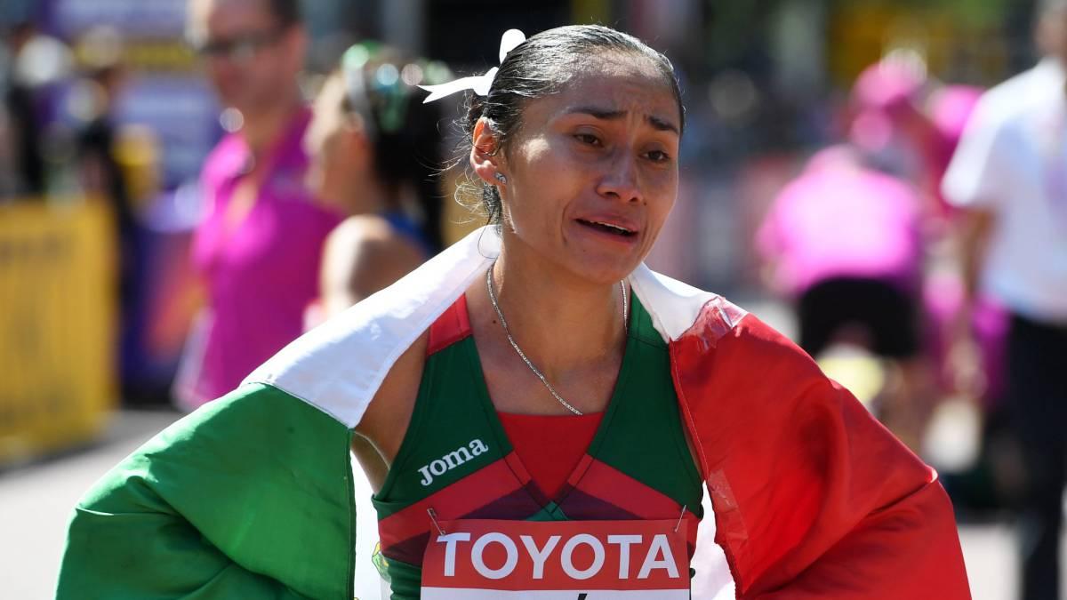 Marchista mexicana Guadalupe González plata en Mundial de Atletismo
