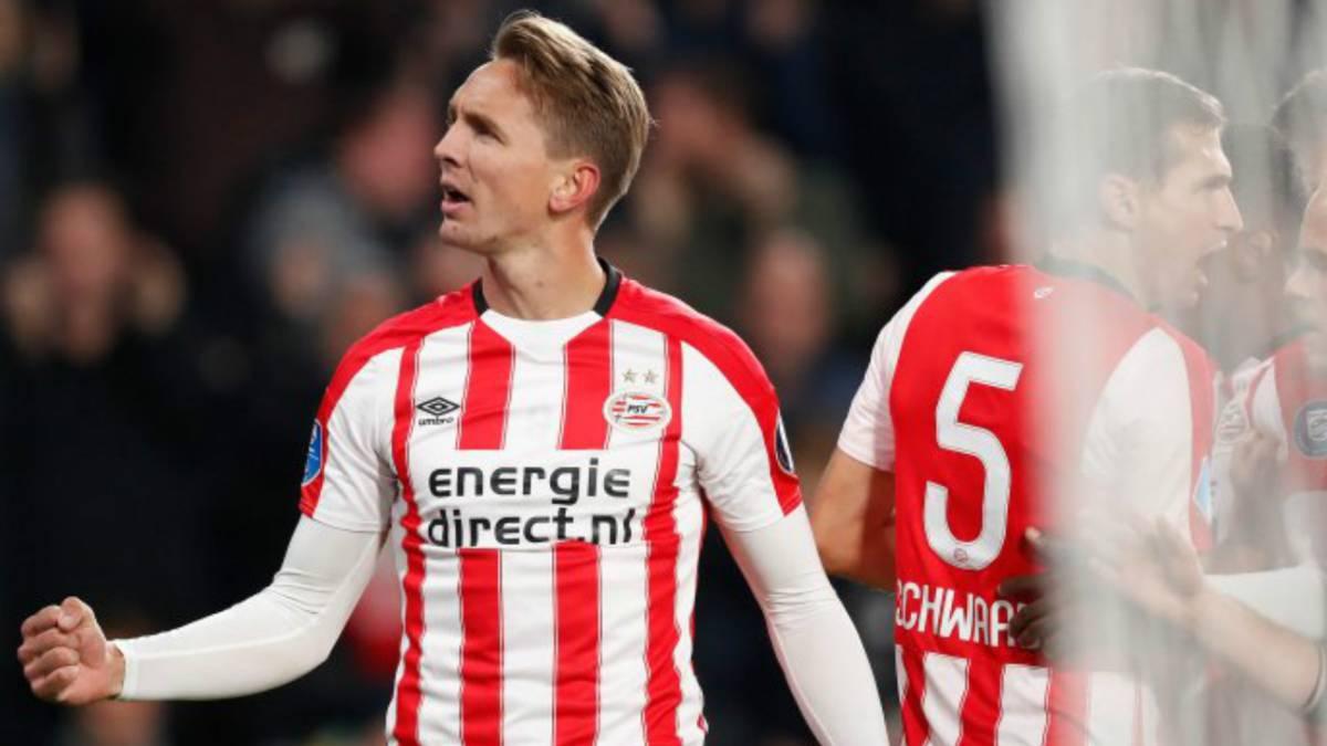 Hirving Lozano brilla en el triunfo del PSV