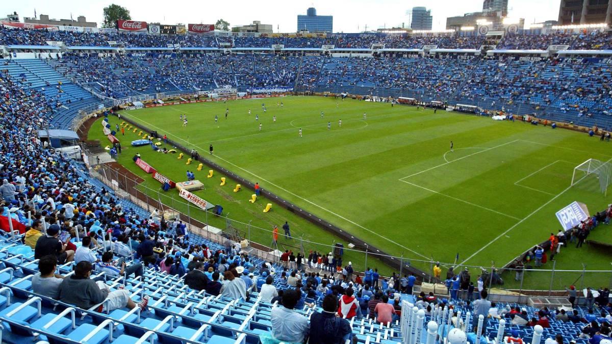 El Estadio Azul durante un partido