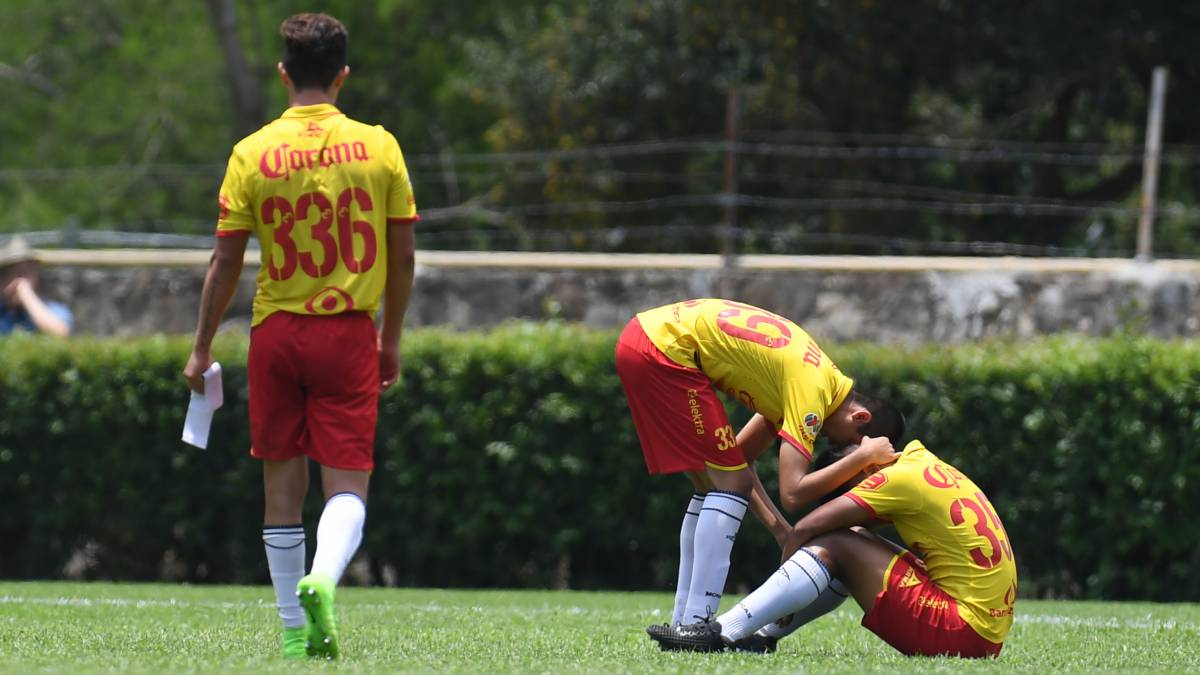 Con tres de Ruidíaz, Morelia gana 3-2 a León