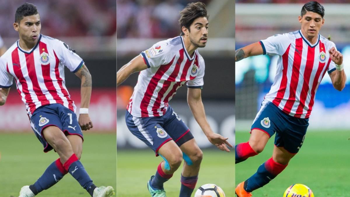 Chivas reconoce varias ofertas por Pizarro; Pulido no se va