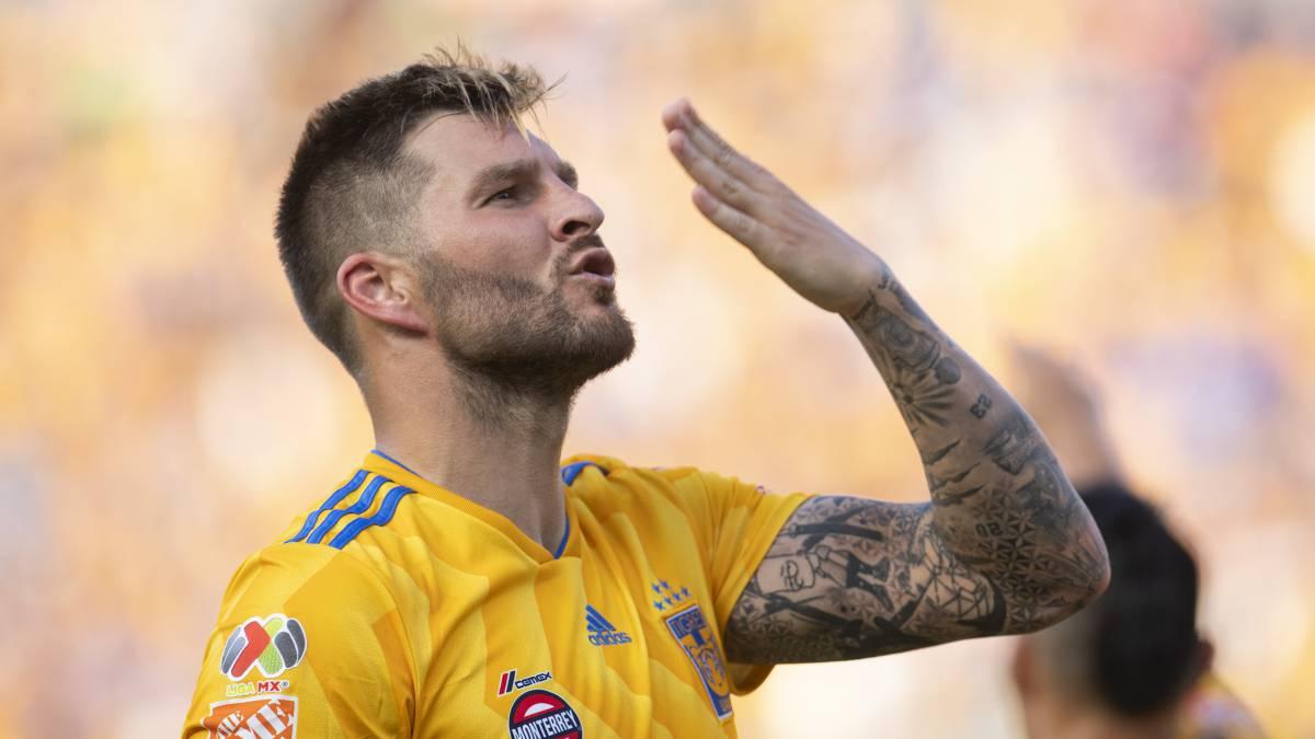 Cruz Azul rescata el empate ante Xolos en tiempo de compensación