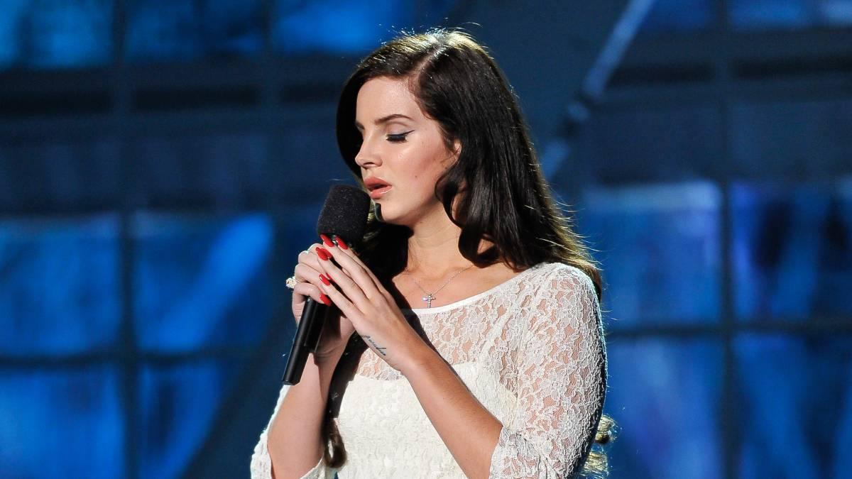 Lana Del Rey estrena sencillo en Twitter