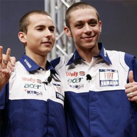 b LARGO b pilotos italiano
