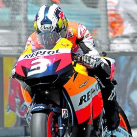 Honda quiere renovar a Pedrosa y Dovizioso Honda_quiere_renovar_Pedrosa_Dovizioso