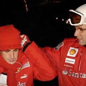 "Domenical: ""Alonso tiene todo para batir a Schumacher"" Alonso_junto_Domenicali_estacion_esqui"