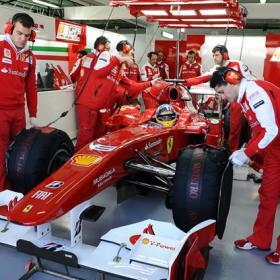 Ferrari y Alonso lanzan su ofensiva de verano
