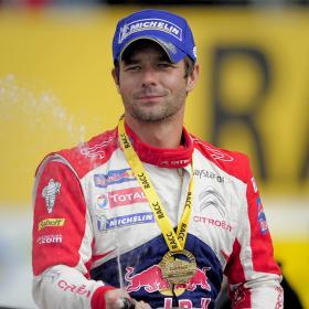 Loeb da un paso más  hacia su octavo título