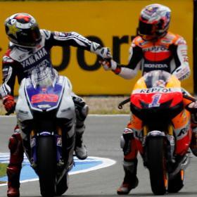 Lorenzo, pole; Pedrosa, segundo en Jerez
