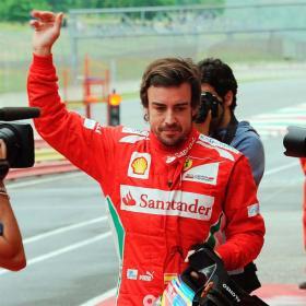"""Alonso, tras su salida de pista: """"Todavía estoy vivo"""""""