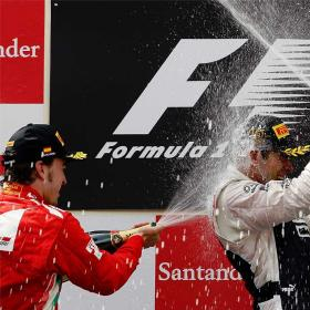 Alonso vuelve al podio en España; ganó Maldonado
