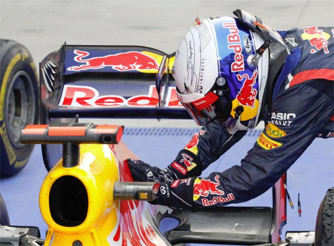 Vettel se pone líder del Mundial, Alonso en el podio