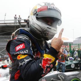 "Merkel felicita a Vettel: ""Me ha entusiasmado cómo ganó"""