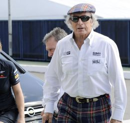 Jackie Stewart apoya a Lewis Hamilton en su paso a Mercedes