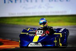 Fernando Alonso da brillo a la carrera de karts de Felipe Massa