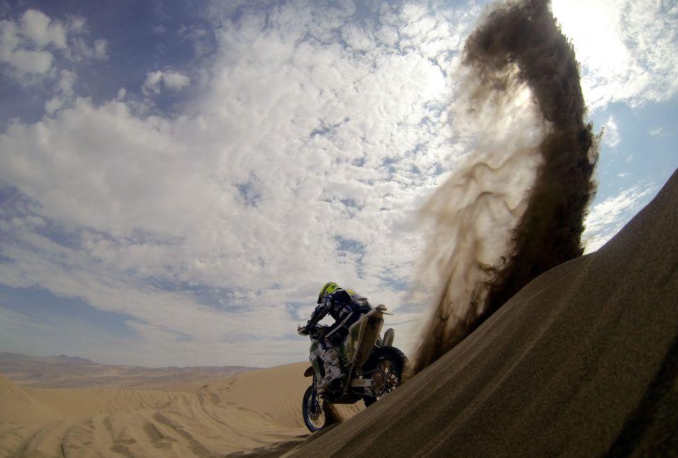 Kurt Caselli gana la séptima etapa con la moto de Coma