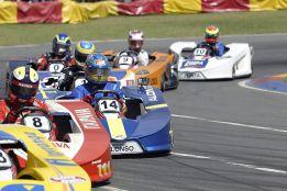 """Bianchi vence a Alonso y Massa en un """"desafío"""" de karts en Brasil"""