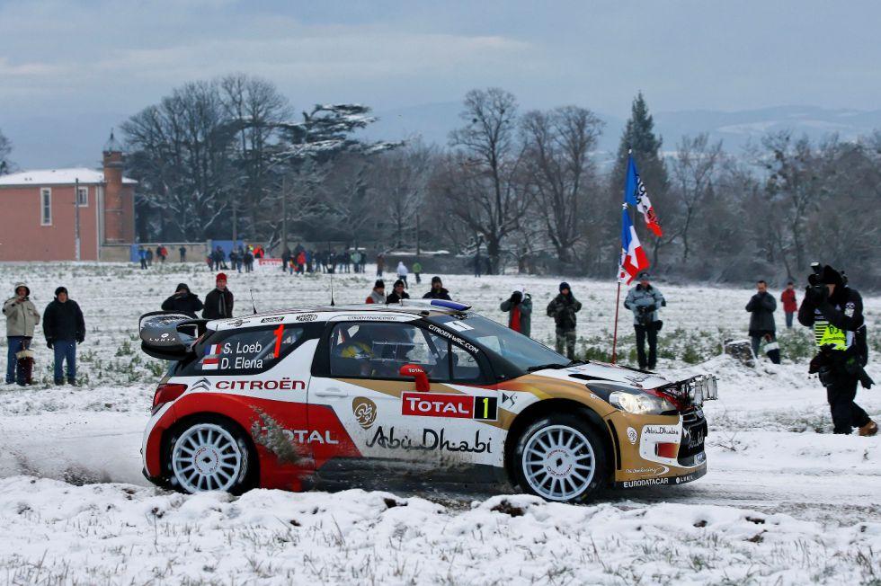 Loeb se coloca líder y Ogier sorprende con el Volkswagen