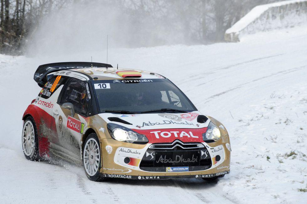 Sebastien Loeb continúa líder y Dani Sordo se coloca tercero