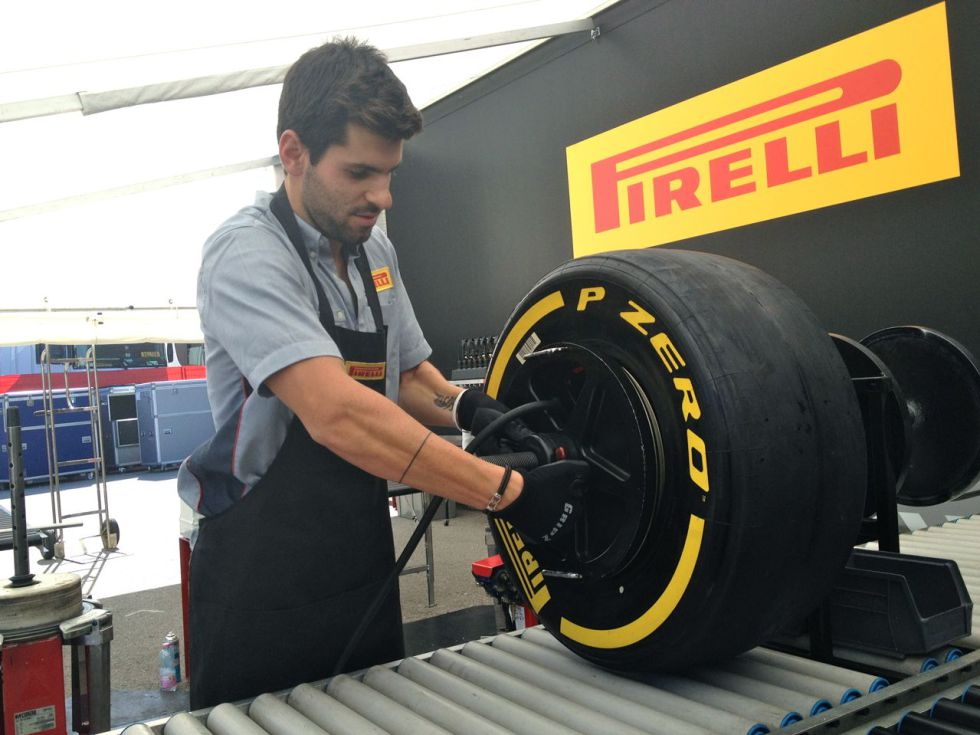 Pirelli quiere contar de nuevo con Jaime Alguersuari