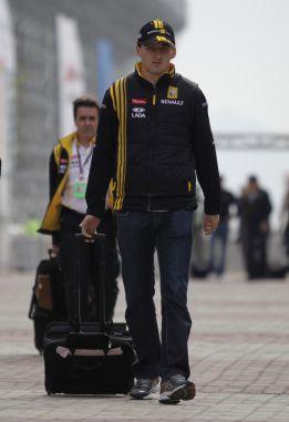 Kubica dio 114 vueltas a Cheste con un Mercedes del DTM