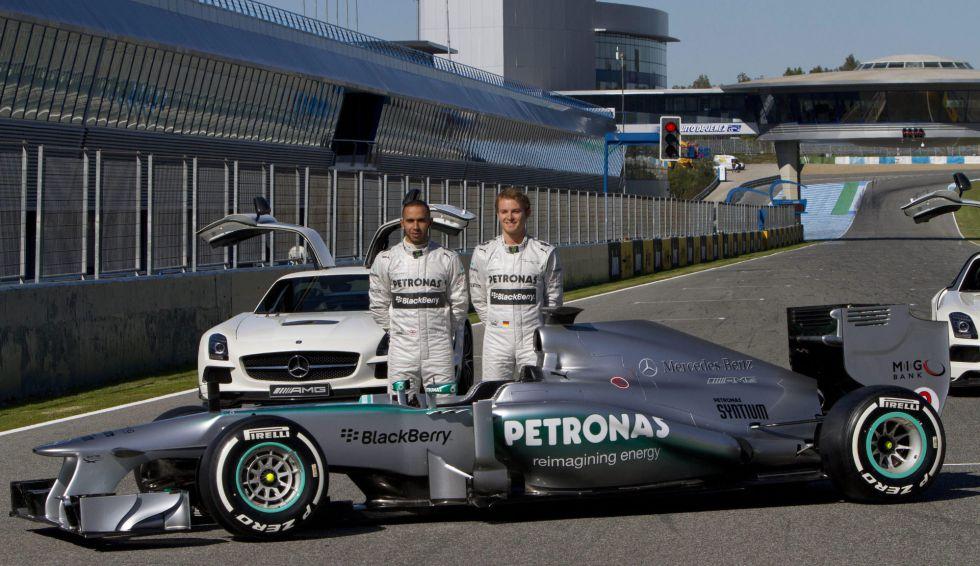 """Hamilton: """"Este año es para instalarme en el equipo"""""""