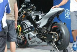 Monster luce en las Yamaha M1