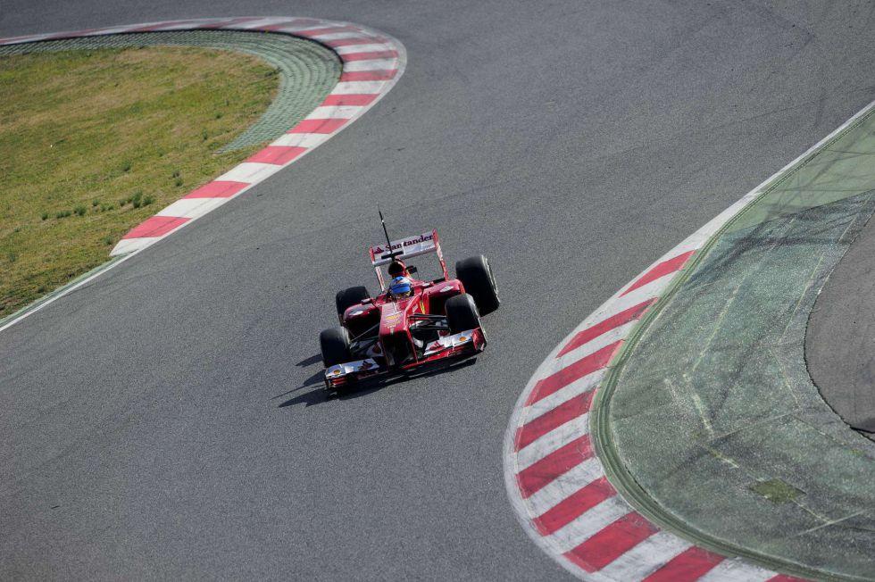 Vettel manda en la mañana