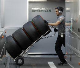 Pirelli cinco paradas, el nuevo reto para la carrera de Australia