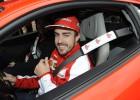 Alonso, Pérez y Ricciardo, visitados por los 'vampiros'