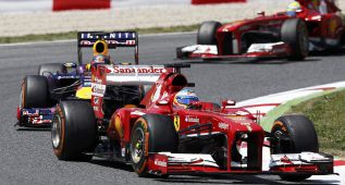 Las apuestas dan un empate Sebastian Vettel-Alonso
