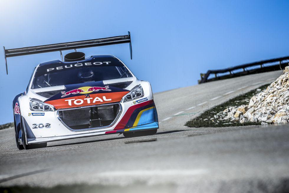 Loeb prueba el Peugeot de Pikes Peak en el Mont Ventoux