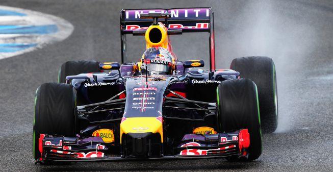 Vettel, con problemas en su coche, se marcha de Jerez