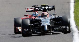 Kevin Magnussen, sancionado por sacar de pista a Fernando Alonso