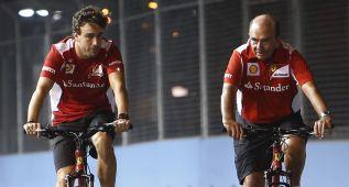 Fernando Alonso, Botín y un paseo en bicicleta por Singapur