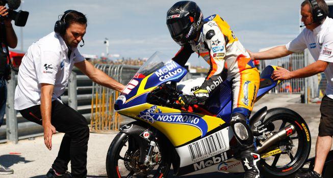 Isaac Viñales seguirá en 2015 con en el Calvo Team de Moto3