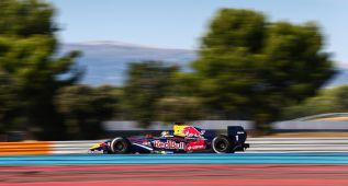 Título para Carlos Sainz Jr. que presiona a Red Bull