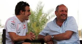 McLaren mientras calla y espera