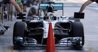 Hamilton termina por delante de Rosberg en Abu Dhabi