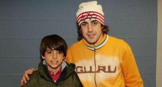 Alonso felicita a su amigo Carlos Sainz Jr. en su cuenta de Twitter
