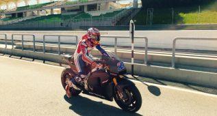 Stoner completa tres jornadas de test en Sepang con la Honda