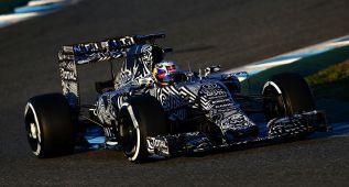 Red Bull estrena decoración y también ambiciones para 2015