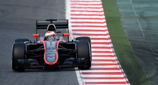 Jenson Button completó 101 vueltas con su McLaren