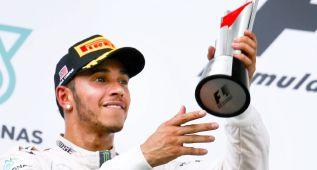 Lewis Hamilton ultima su renovación con Mercedes