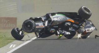 Sergio Pérez vuelca con el Force India sin consecuencias