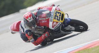 Antonelli gana la batalla de Moto3 a Bastianini y Binder