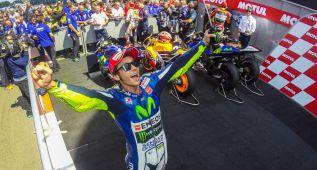 Rossi entra en el club más selecto del... automovilismo